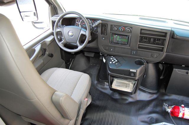 2013 Chevrolet 15 Pass. Activity Bus Charlotte, North Carolina 23