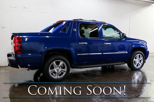 2013 Chevrolet Avalanche LTZ Black Diamond Edition w/Nav, Backup Cam, Moonroof, Heated Seats & DVD Entertainment in Eau Claire, Wisconsin 54703