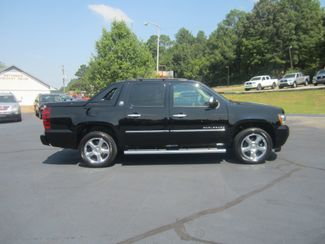 2013 Chevrolet Black Diamond Avalanche LTZ Batesville, Mississippi 2
