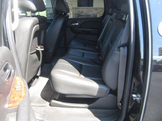 2013 Chevrolet Black Diamond Avalanche LT Batesville, Mississippi 28