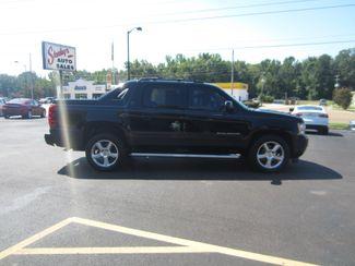 2013 Chevrolet Black Diamond Avalanche LT Batesville, Mississippi 1