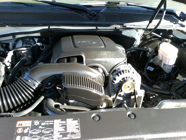 2013 Chevrolet Black Diamond Avalanche LTZ Boerne, Texas 35