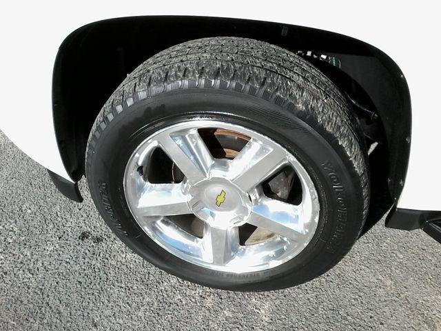 2013 Chevrolet Black Diamond Avalanche LTZ Boerne, Texas 38