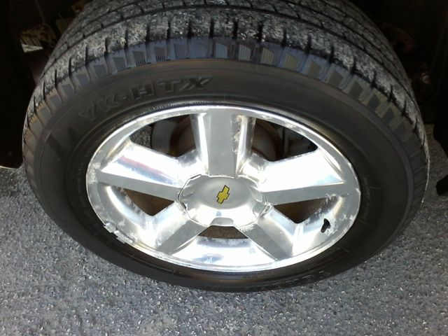 2013 Chevrolet Black Diamond Avalanche LTZ Boerne, Texas 40
