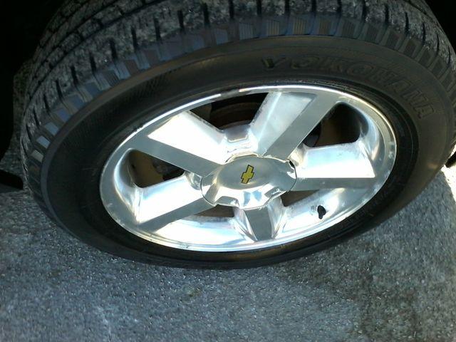 2013 Chevrolet Black Diamond Avalanche LTZ Boerne, Texas 41
