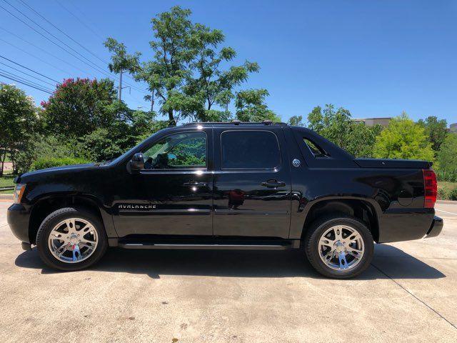 2013 Chevrolet Avalanche LS w/ Black Diamond Features in Carrollton, TX 75006