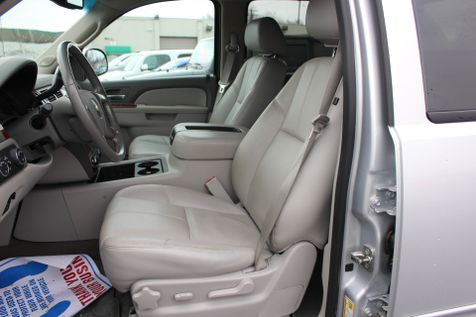 2013 Chevrolet Black Diamond Avalanche LT | Granite City, Illinois | MasterCars Company Inc. in Granite City, Illinois