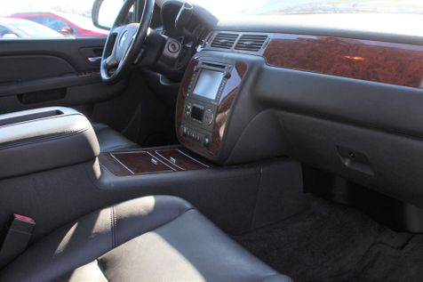 2013 Chevrolet Black Diamond Avalanche LTZ | Granite City, Illinois | MasterCars Company Inc. in Granite City, Illinois