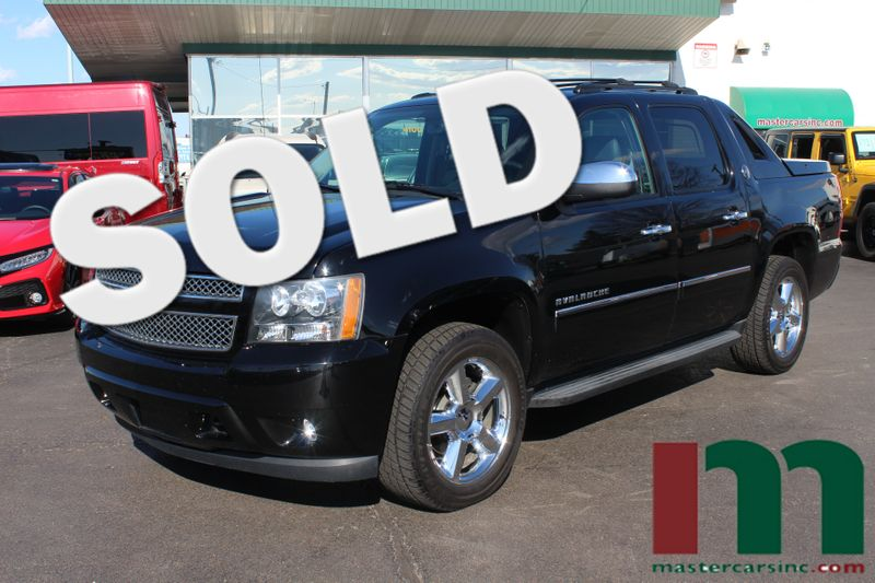 2013 Chevrolet Black Diamond Avalanche LTZ | Granite City, Illinois | MasterCars Company Inc. in Granite City Illinois
