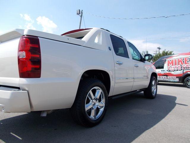 2013 Chevrolet Black Diamond Avalanche LTZ Shelbyville, TN 11