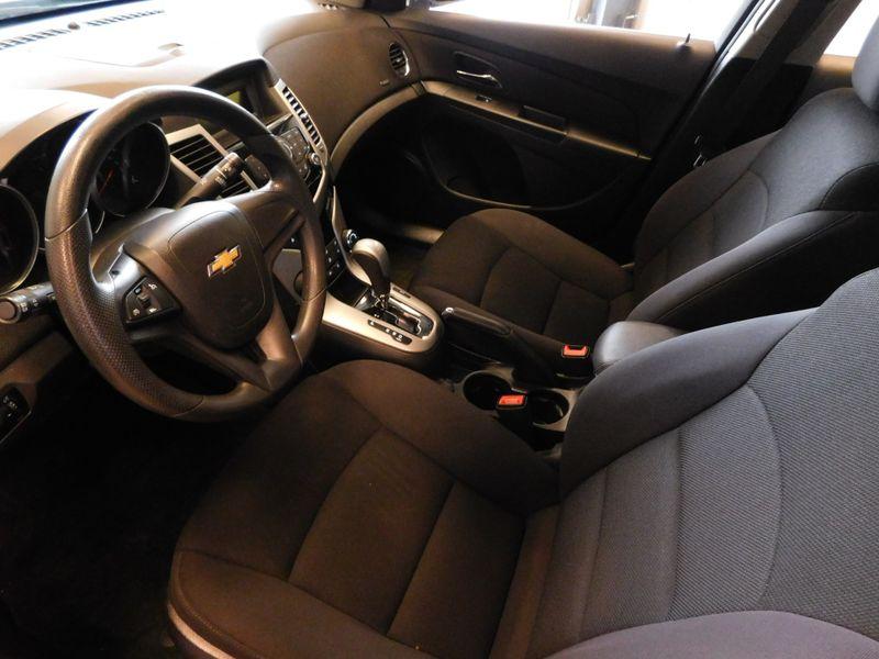 2013 Chevrolet Cruze LT  city TN  Doug Justus Auto Center Inc  in Airport Motor Mile ( Metro Knoxville ), TN
