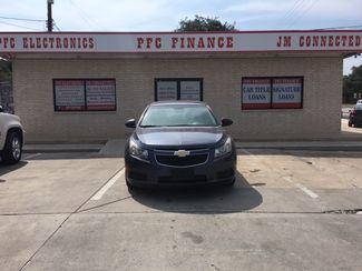 2013 Chevrolet Cruze LS Devine, Texas 3