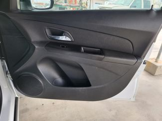 2013 Chevrolet Cruze 2LT Gardena, California 13