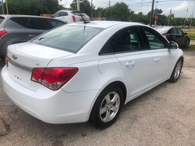 2013 Chevrolet Cruze 1LT Houston, TX 3