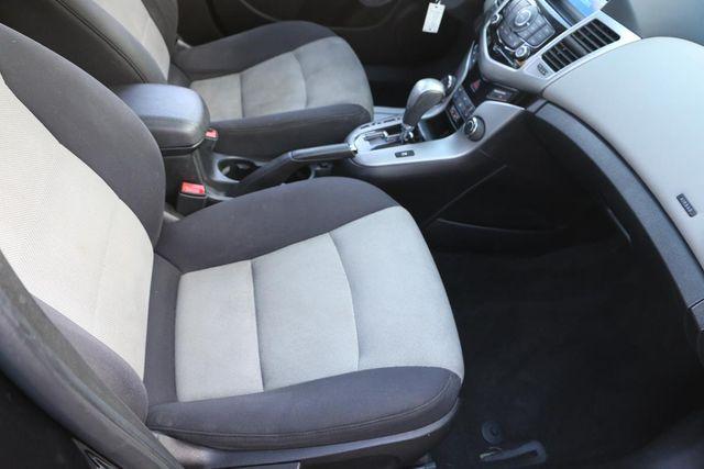 2013 Chevrolet Cruze LS Santa Clarita, CA 14