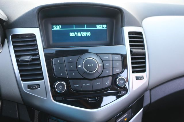2013 Chevrolet Cruze LS Santa Clarita, CA 20