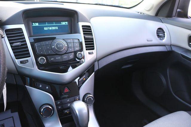 2013 Chevrolet Cruze LS Santa Clarita, CA 19