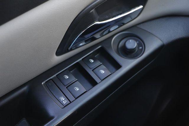 2013 Chevrolet Cruze LS Santa Clarita, CA 25