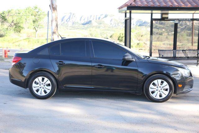 2013 Chevrolet Cruze LS Santa Clarita, CA 12