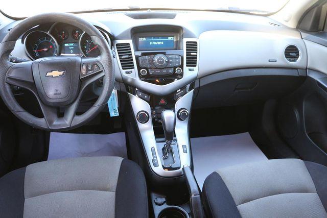 2013 Chevrolet Cruze LS Santa Clarita, CA 7
