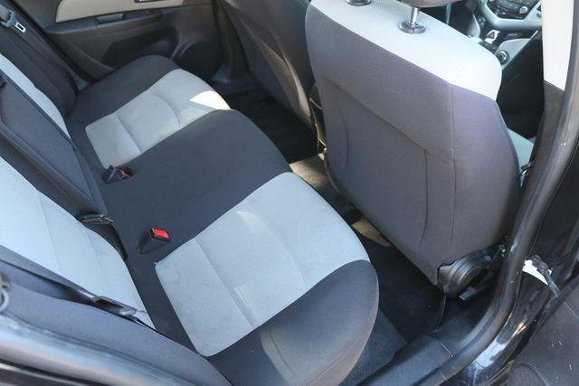 2013 Chevrolet Cruze LS Santa Clarita, CA 16