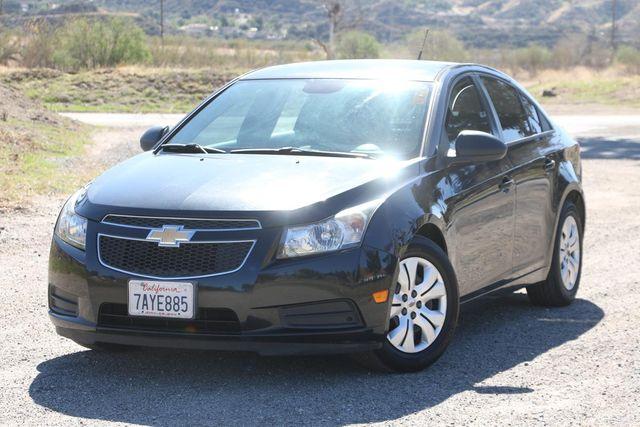 2013 Chevrolet Cruze LS Santa Clarita, CA 4