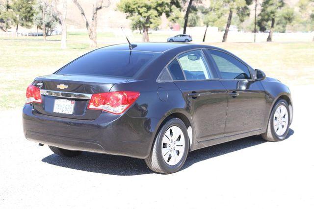 2013 Chevrolet Cruze LS Santa Clarita, CA 6