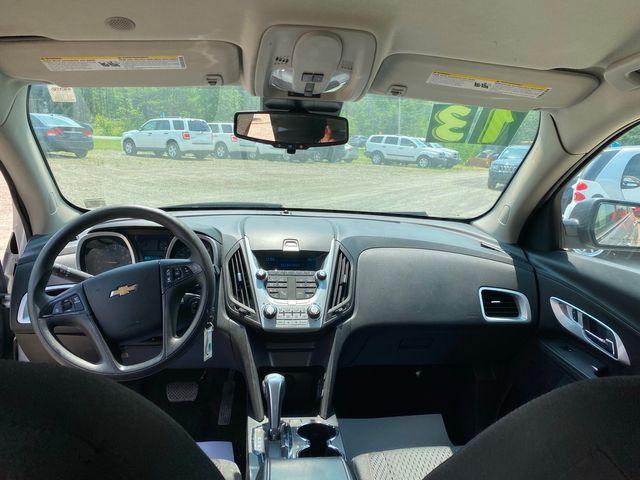2013 Chevrolet Equinox LS Hoosick Falls, New York 9