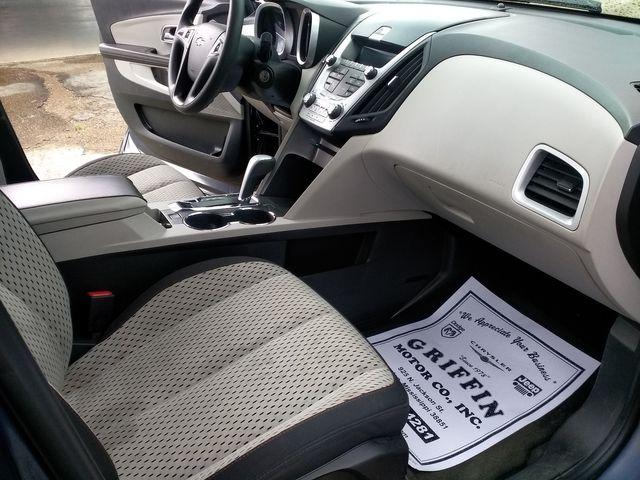 2013 Chevrolet Equinox LS Houston, Mississippi 8