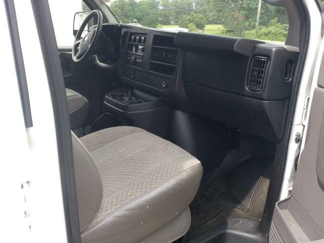2013 Chevrolet Express 15 Passenger LT Houston, Mississippi 7