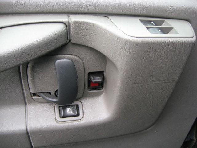 2013 Chevrolet Express 15 Passenger LT Richmond, Virginia 11