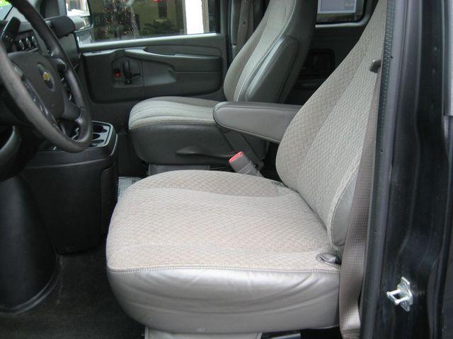 2013 Chevrolet Express 15 Passenger LT Richmond, Virginia 12