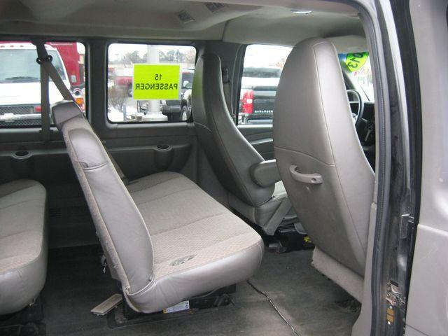 2013 Chevrolet Express 15 Passenger LT Richmond, Virginia 13