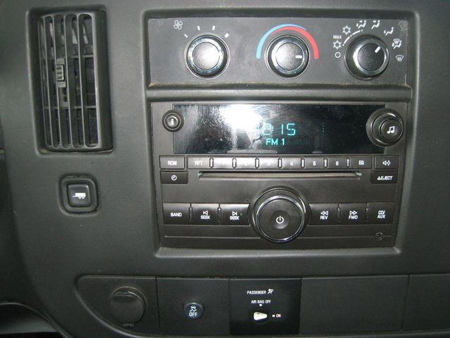 2013 Chevrolet Express 15 Passenger LT Richmond, Virginia 9