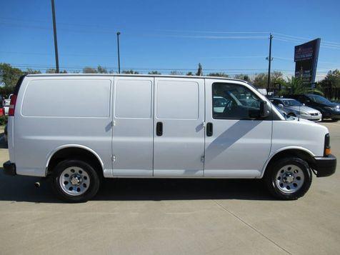 2013 Chevrolet Express Cargo Van 1500 | Houston, TX | American Auto Centers in Houston, TX