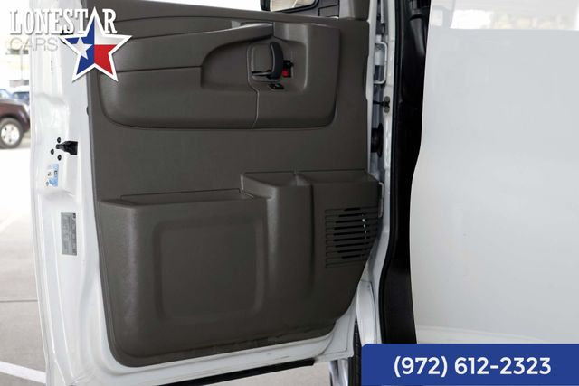 2013 Chevrolet 3/4 Ton Cargo Van Express Clean Carfax One Owner in Merrillville, IN 46410