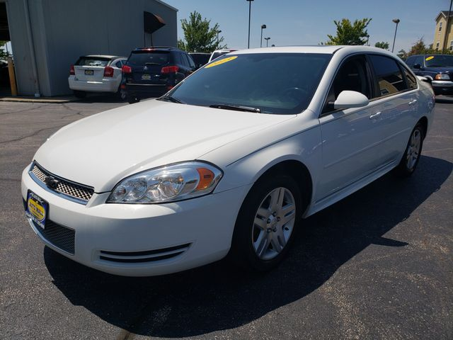 2013 Chevrolet Impala LT | Champaign, Illinois | The Auto Mall of Champaign in Champaign Illinois