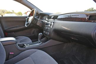 2013 Chevrolet Impala LT Naugatuck, Connecticut 8