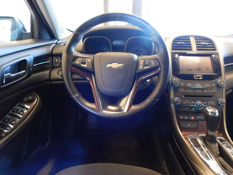 2013 Chevrolet Malibu LT  city TN  Doug Justus Auto Center Inc  in Airport Motor Mile ( Metro Knoxville ), TN