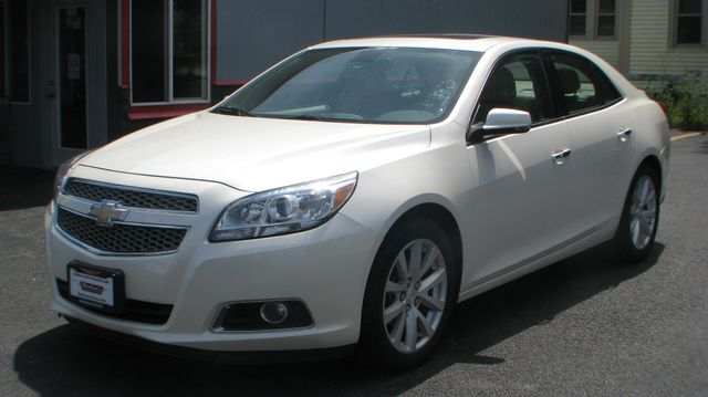 2013 Chevrolet Malibu LTZ in Coal Valley, IL 61240