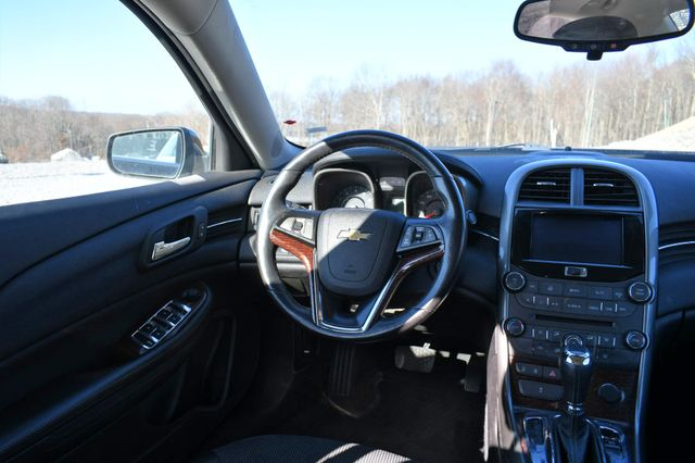 2013 Chevrolet Malibu LT Naugatuck, Connecticut 12