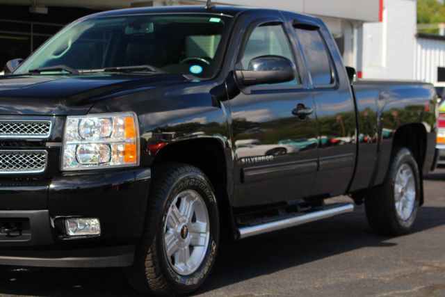 2013 Chevrolet Silverado 1500 LTZ PLUS EXT Cab 4x4 Z71 - HEATED/COOLED LEATHER! Mooresville , NC 27
