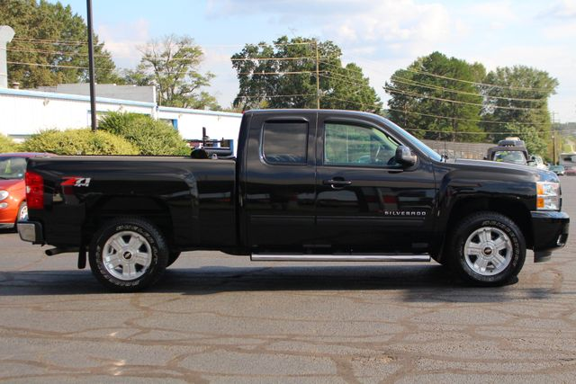 2013 Chevrolet Silverado 1500 LTZ PLUS EXT Cab 4x4 Z71 - HEATED/COOLED LEATHER! Mooresville , NC 14