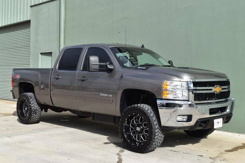 2013 Chevrolet Silverado 2500HD LTZ | Arlington, TX | Lone Star Auto Brokers, LLC