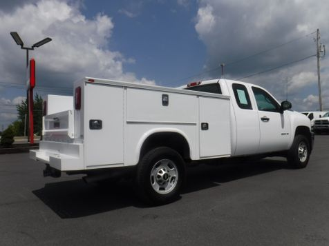 2013 Chevrolet Silverado 2500HD Extended Cab 2wd with New 8' Knapheide Utility Bed in Ephrata, PA