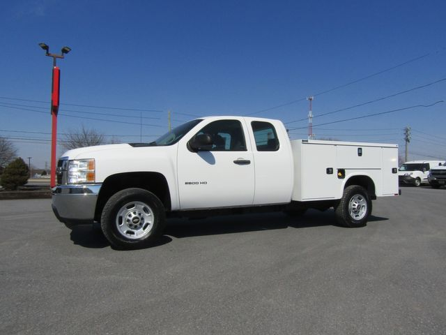 2013 Chevrolet Silverado 2500HD Extended Cab 2wd with New 8' Knapheide Utility Bed