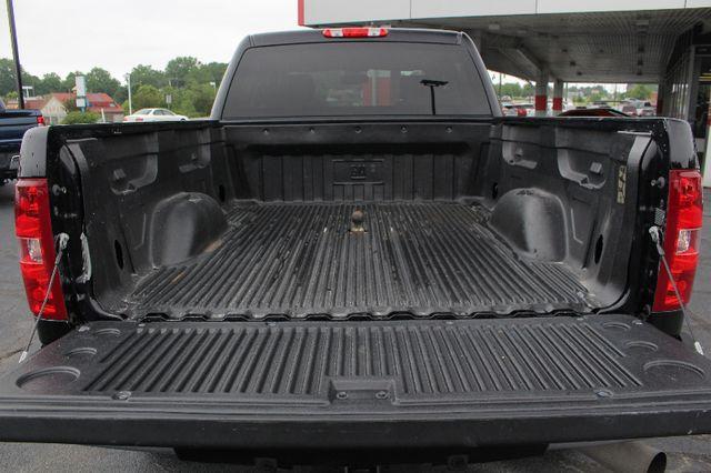 2013 Chevrolet Silverado 2500HD LT Crew Cab 4x4 Z71 - CONCORD METALLIC EDITION! Mooresville , NC 17
