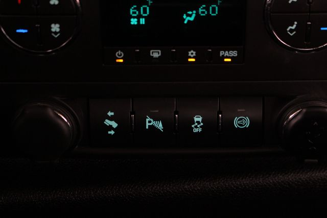 2013 Chevrolet Silverado 2500HD LT Crew Cab 4x4 Z71 - CONCORD METALLIC EDITION! Mooresville , NC 31