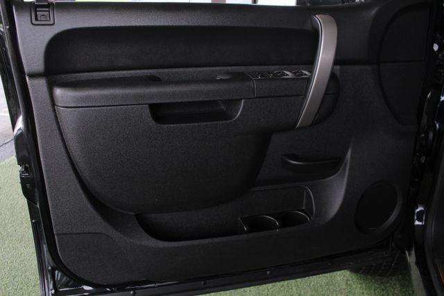 2013 Chevrolet Silverado 2500HD LT Crew Cab 4x4 Z71 - CONCORD METALLIC EDITION! Mooresville , NC 38