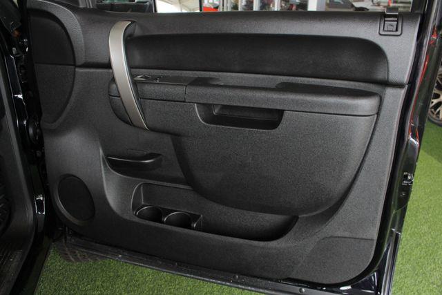 2013 Chevrolet Silverado 2500HD LT Crew Cab 4x4 Z71 - CONCORD METALLIC EDITION! Mooresville , NC 39
